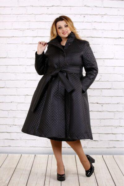 Черное стеганное пальто  00-133727 - Victorya-Shop.com