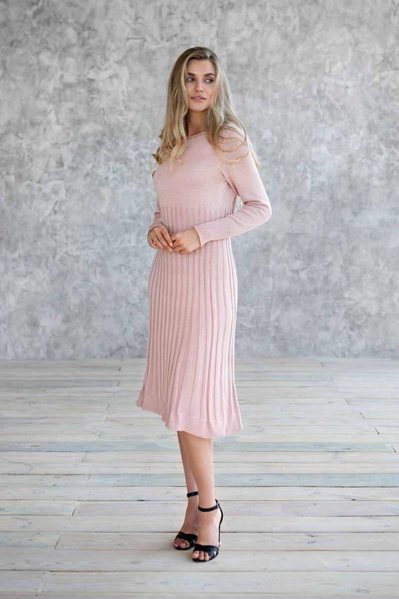 Розовое платье полуоблегающего силуэта 000-187 - Victorya-Shop.com