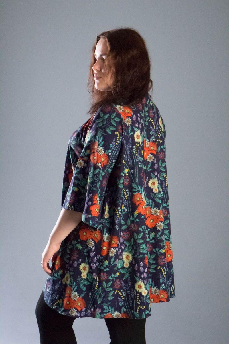 Туника большого размера в цветочный принт софт Цветик 000-543 - Victorya-Shop.com